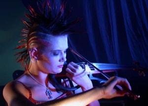 Скрипачка Мария Нефёдова приедет на несыгранный концерт «Короля и Шута»